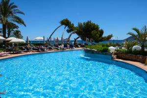 The swimming pool at or close to Catalonia Ses Estaques - Adults Only