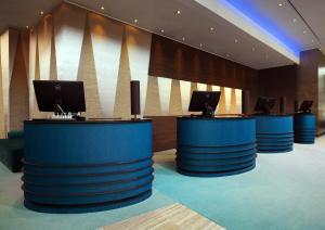 The lobby or reception area at Bonn Marriott Hotel