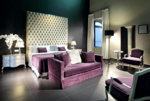 Eurostars Sevilla Boutique tesisinde bir oda