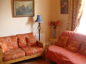 The lounge or bar area at Holiday Home 4star Cordal Castleisland