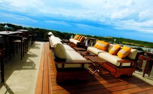 A balcony or terrace at Cinnamon Wild Yala
