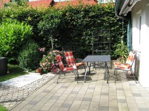 Ein Patio oder anderer Außenbereich in der Unterkunft Ferienwohnung Am Kapellenäcker