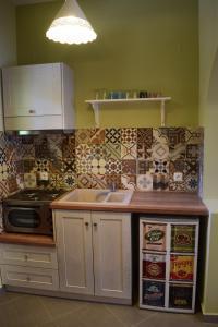 Η κουζίνα ή μικρή κουζίνα στο Kallisti Seaside Studios Skopelos