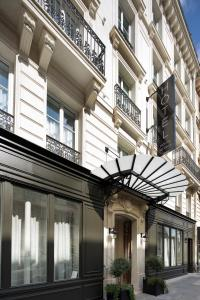 The facade or entrance of Hotel Monge