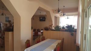 Predvorje ili recepcija u objektu Hotel Ivan