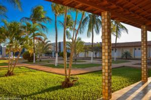 A garden outside Fiesta Bahiana Club Hotel