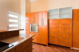 Кухня или мини-кухня в Apartament St. Markus Cracow