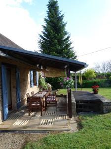 A porch or other outdoor area at La Fermette at Les Lavandes
