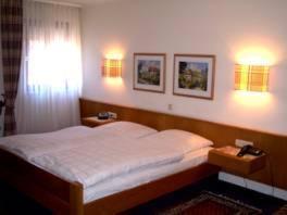 Krevet ili kreveti u jedinici u objektu Gasthof Weißes Lamm