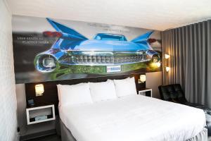 Una habitación en Cadillac Motel Niagara