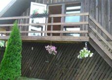 A balcony or terrace at Brīvdienu māja Audas