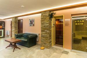 The lobby or reception area at Elina Hotel