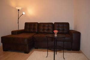 The lounge or bar area at Apartment Rakhmaninova Proezd