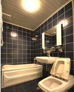 百老匯碟影旅館衛浴