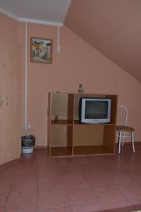 Телевизор и/или развлекательный центр в Отель Екатерина