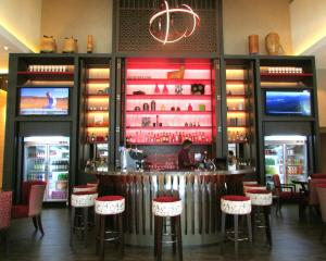 A restaurant or other place to eat at Mercure Singapore Bugis (SG Clean)