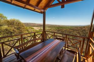 Un balcón o terraza en El 44 Reserva Natural de Tiempo Libre