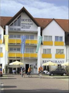 Eine Fassade oder ein Eingang zu Hotel Torgauer Brauhof