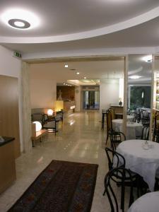 Restaurace v ubytování Dom Hotel