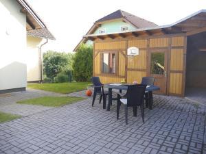 Patio nebo venkovní prostory v ubytování Villa Frymburk