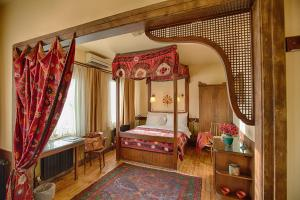 A room at Hotel Empress Zoe
