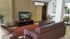 The lounge or bar area at Hotel Rouver