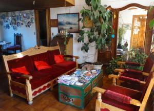 The lounge or bar area at Posada del Buscador