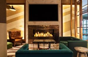 The lounge or bar area at Westin New York at Times Square