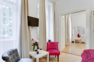 Area soggiorno di Prague Siesta Apartments