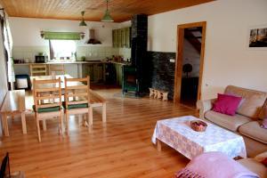 Lounge nebo bar v ubytování Chata v Beskydech