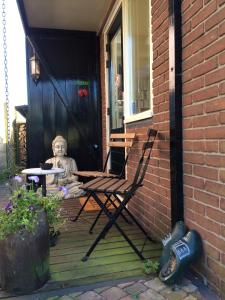 A porch or other outdoor area at Studio Lakeside Spiegelplas