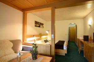 Ein Zimmer in der Unterkunft Hotel Sonnblick