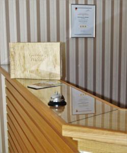 Lobby/Rezeption in der Unterkunft Hotel & Restaurant Waldcafe Hettstedt