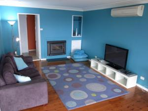 A room at A Lakehouse Escape