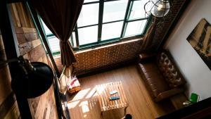 Loft Wo 閣樓設計旅店酒吧或休息區