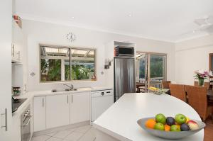 A kitchen or kitchenette at Carolyn's Beach House