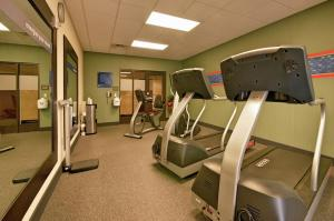 The fitness center and/or fitness facilities at Hampton Inn and Suites New Iberia