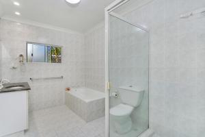 A bathroom at Trinity Retreat