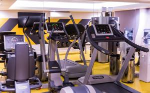 The fitness centre and/or fitness facilities at The Capital Mirage Hotel