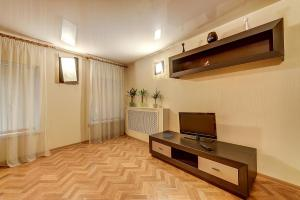 Гостиная зона в Longo Apartment Moyka