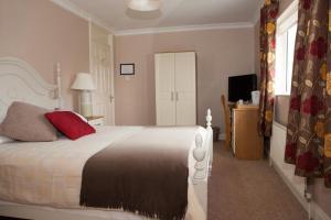 A room at Laburnum Lodge