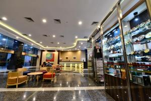 Khu vực lounge/bar tại Hotel Chancellor@Orchard