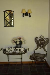 Ein Sitzbereich in der Unterkunft Ferienhaus unter Reet