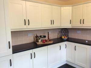 A kitchen or kitchenette at Burnrock House