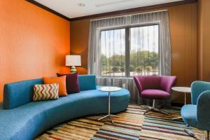 A seating area at Fairfield by Marriott Wilkes-Barre