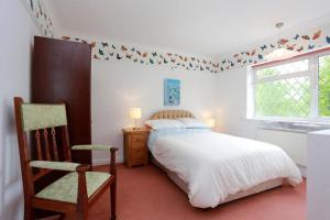 A room at Bournemouth Holiday Home
