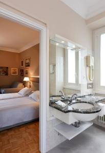 Ein Zimmer in der Unterkunft Hotel Walter Au Lac