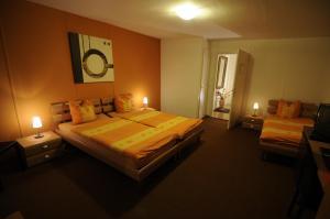 Ein Zimmer in der Unterkunft Hôtel de la Croix-Blanche