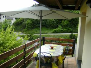 A porch or other outdoor area at Les 4 Saisons