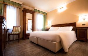 A room at Hotel Anastasia